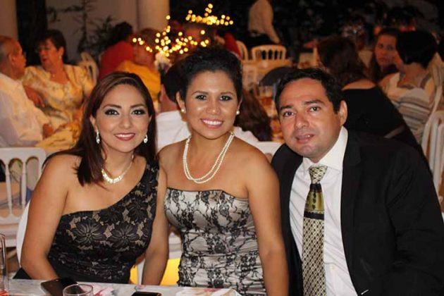 Ixchel Coutiño, Claudia Canel, Enrique Coutiño.