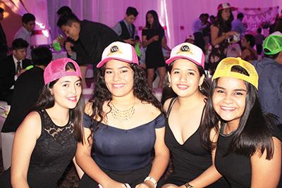 Krystell Torres, Tiffany Fong, Cecilia Villatoro, Ana Manjarrez.