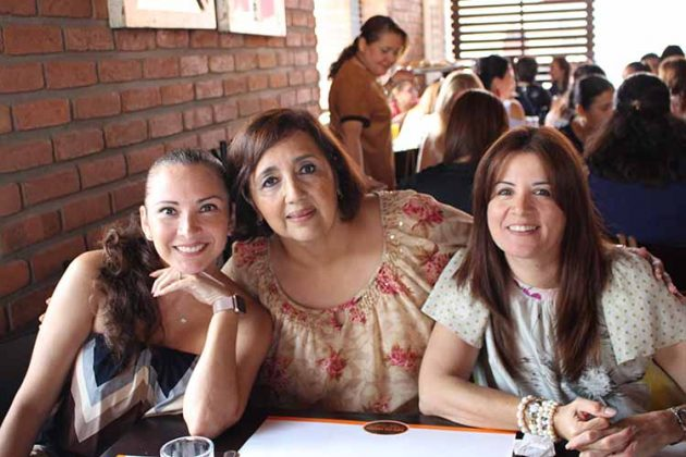 Susana Lazos, Cecilia Parlange, Carmen Morales.