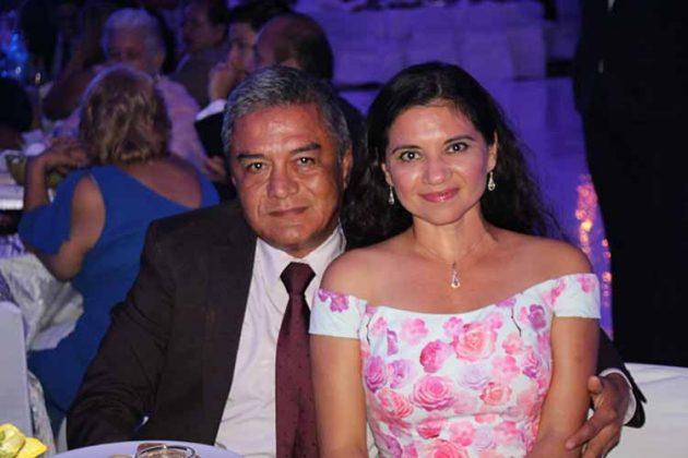 Víctor Pinot, Adriana García.
