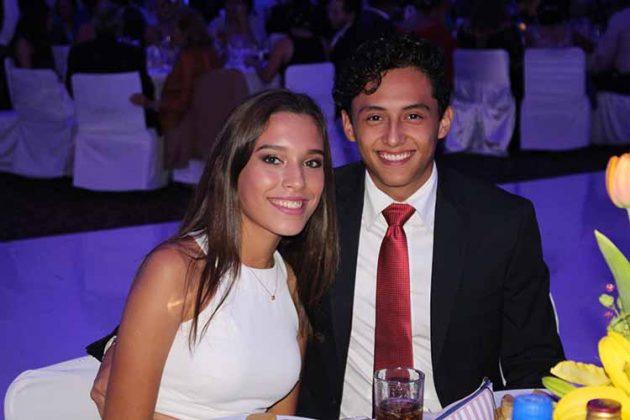 María Domínguez, Alonso Villanueva.