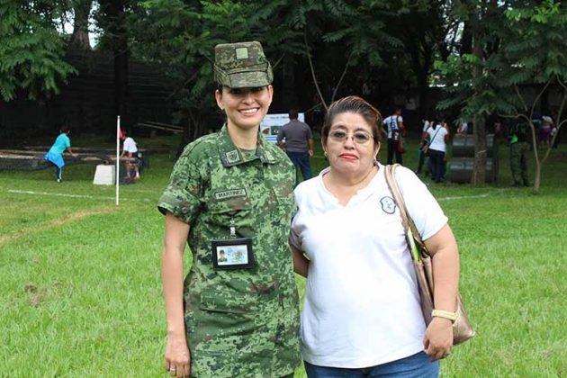 Soldado Martínez, Irma Coronel.