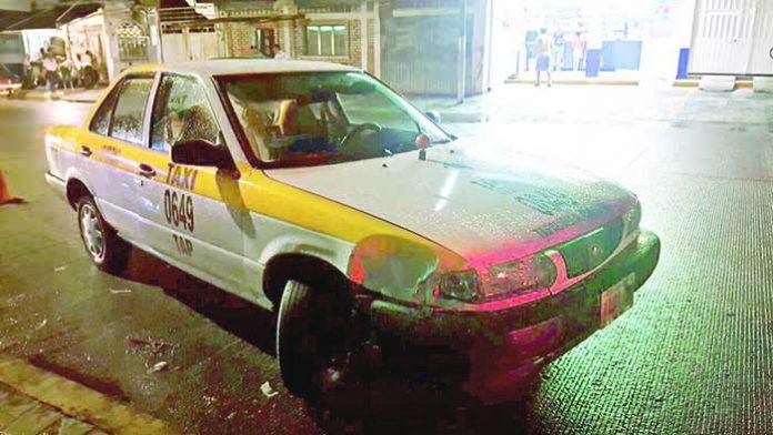 Taxista Huyó Después de Provocar Fuerte Accidente