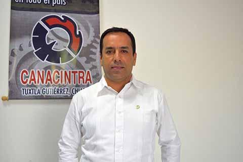Juan Pablo Cañaveral Constantino, presidente de la Cámara Nacional de la Industria de la Transformación en Tuxtla Gutiérrez.