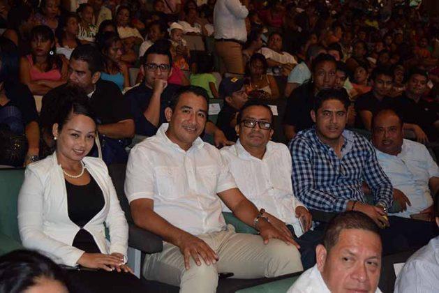 Maritza Muñoz, Carlos Moreno, Alejandro Mendoza, Carlos Amores, Pedro Chang.