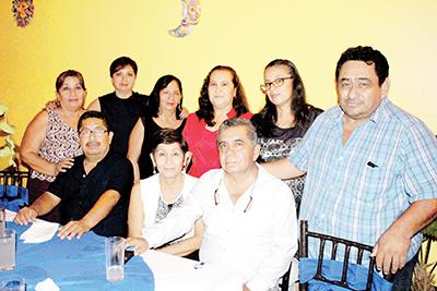 Familia Luis Escobar.