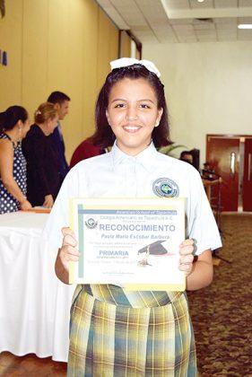 Paula María Escobar Barberá.