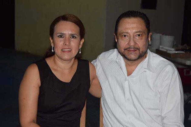 Lizbeth, Jorge Vega.