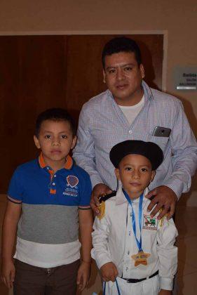 Adrián Moreno, Ervin Ordoñez, Eduardo Ordoñez.
