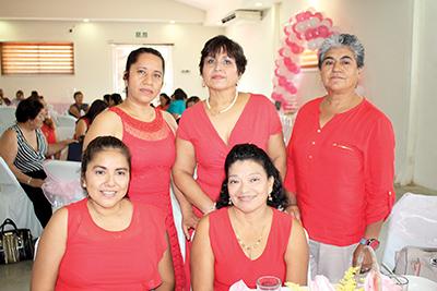 Lupita Tirado, Birma Herrera, Renata Salgado, Julieta Palacios, Estela Estrada.