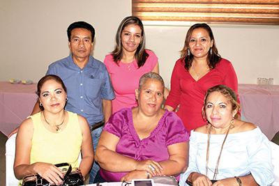 Yudith Flores, Ángel Roblero, Cecilia Ovando, María Moreno, Sandra Altúzar, Lupita Chiu.