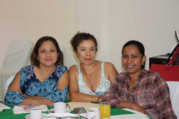 Edith Moreno, Rosalinda Trujillo, Rubén Zúñiga.