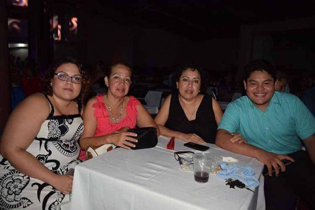Luz Méndez, Luz Vidal, Rosalia Vidal, Julian Wong.
