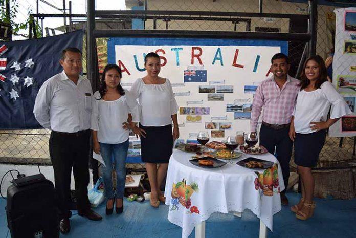 Australia: Jonatha Pérez, Belinda López, Fernanda Cancino, Rolando Cruz, Andrea Ventura.