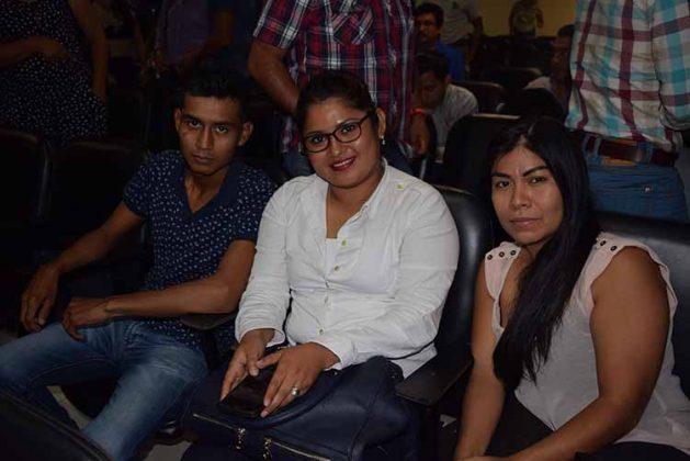 Heriberto Vázquez, Karina Mazariegos, Armando Martínez.
