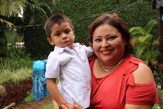 Guillermo, Denise López.