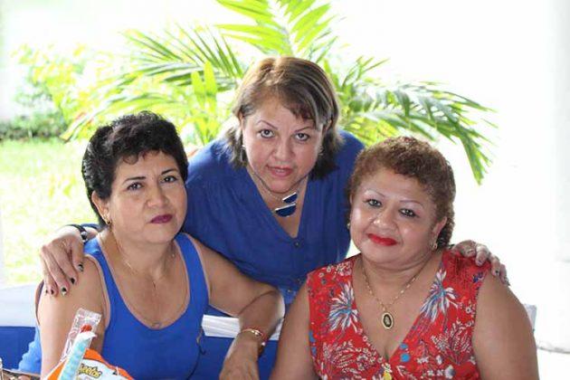 Lety Ballinas, Margarita Argueta, Lupita Meza.