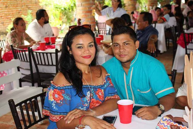 Carmen Murillo, Gilberto Castillo.