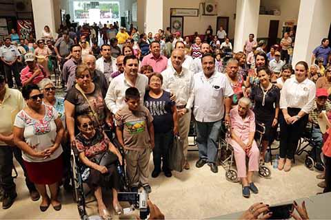 Con Campaña Oftalmológica Beneficiamos a los Adultos Mayores, Mujeres y Niños: Fernando Castellanos