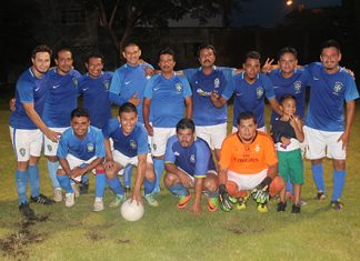 Combinados Golearon 4-0 a Elite Lockers