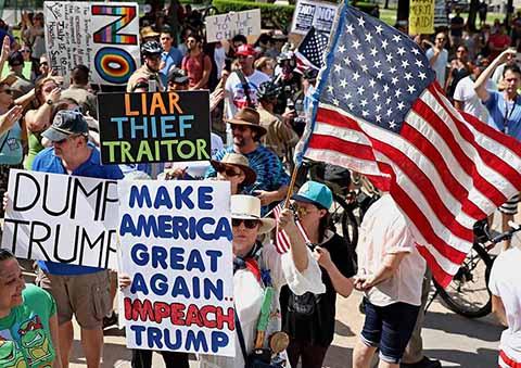 Manifestantes en Estados Unidos Piden Juicio Político Contra Trump