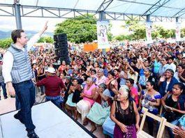 En gira de trabajo por Las Rosas, el mandatario estatal hizo entrega del programa Bienestar Apoyo a la Familia, y afirmó que su gobierno seguirá fortaleciendo las acciones y programas que garanticen una mejor calidad de vida para la ciudadanía.