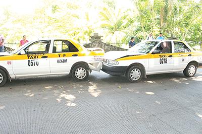 Taxista Causó Carambola