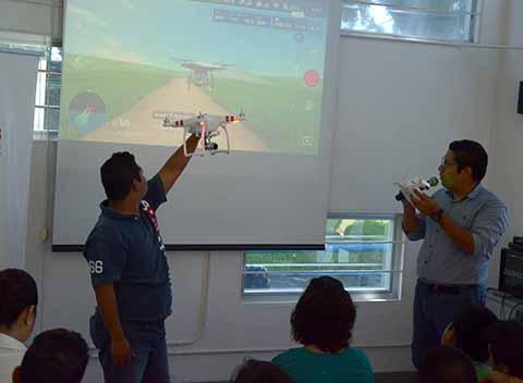 Dirigen Tecnología a Niños y Jóvenes