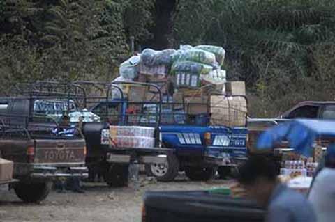 El contrabando de mercancía ilegal y pirata que ingresa por la frontera con Guatemala, en su mayoría de procedencia china, ha ido mermando la economía de los comerciantes legalmente establecidos y dando pie a que se genere mayor informalidad.