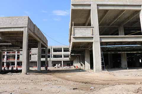 El Nuevo Hospital ocupará un terreno de 23 mil metros cuadrados de construcción, con una inversión de aproximadamente 500 MDP exclusivos para la obra, mientras el resto del recurso será para la adquisición y puesta en operaciones con equipo de alta tecnología. FOTOS AL PASE:::