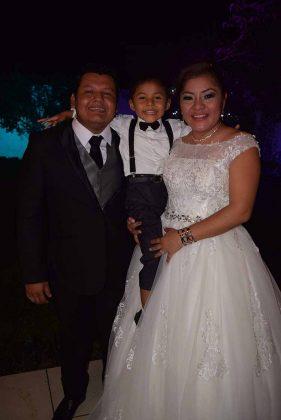 Fulgencio Pérez, Mateo Pérez, Karen Hernández.