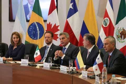 Procuradores y Fiscales de AL Pactan Frente Común Contra la Corrupción