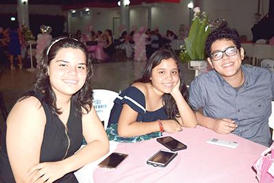 Citlali, Evelyn Méndez, Kevin Liy.