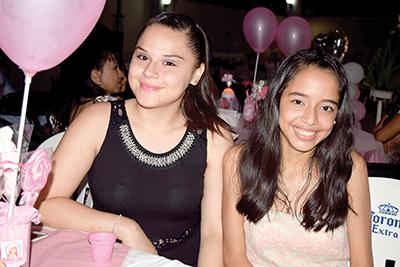 Leslie Espinosa, Maritere Salazar.