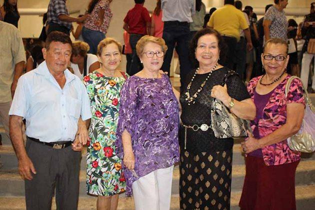 René, Lupita de Rueda, Martha Aggler, Esthelita Cruz Vda. de Zamora, Aura Solano.
