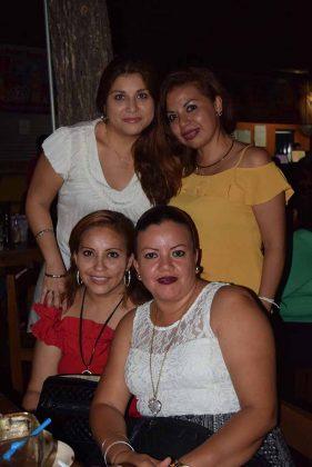 Paola Zamorano, Verónica Dardon, Eve Alvarado, Fátima Alvarado.