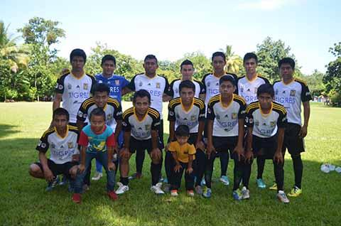 Cruzeiro y Deportivo km 6 en la Final
