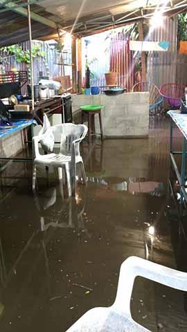 """Fuertes Lluvias Causan Inundaciones en Colonias Aledañas al """"Coatancito"""""""