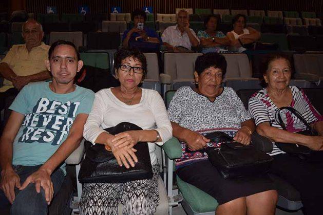 José Argueta, Cielo Valenzuela, Toñota Cortez, María de la Rosa.