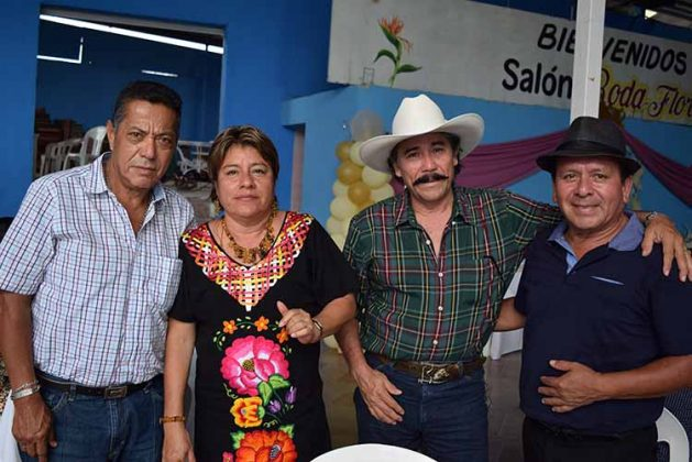 Eduardo Martínez, Rosy López, Manolo Avila, Rodrigo Amor.