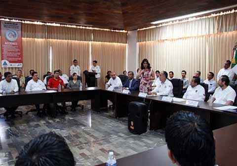 Toman Protesta a Integrantes del Capítulo Chiapas del Colegio Mexicano de Profesionales en Gestión de Riesgos