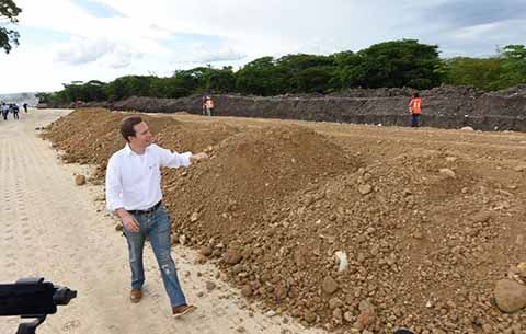 Supervisa Manuel Velasco avances en la construcción del nuevo Libramiento Sur que contará con 37km, que será una vía rápida, moderna y gratuita.