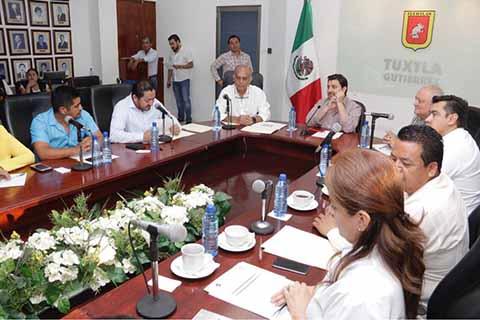 Avanzamos con Paso Firme Para Mejorar la Salud en el Estado: Fernando Castellanos