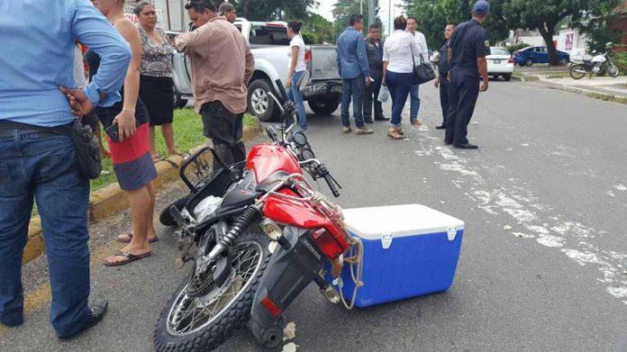 Repartidor de Tortillas Chocó por Alcance Contra Camioneta