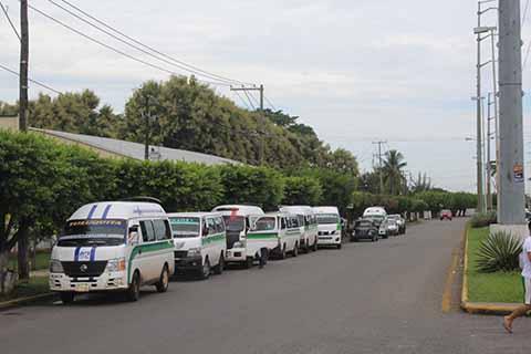 Exigen la Regularización del Transporte en la Zona Alta