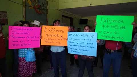 Campesinos Toman la Presidencia de Acapetahua, por Despojo de Tierras