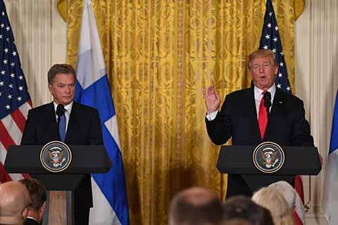 Donald Trump Deshace el TLCAN y Reitera que México Pagará el Muro a Como dé Lugar