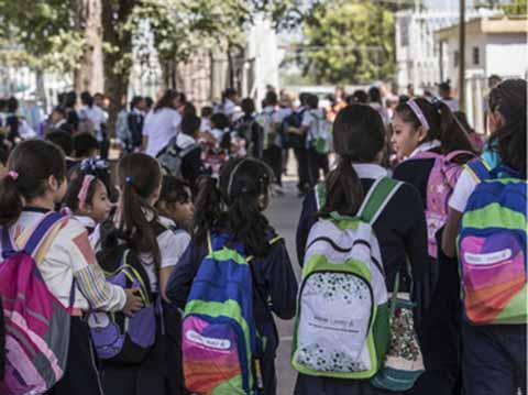 Hoy a Clases más de 25 Millones de Alumnos de Nivel Básico en Todo el País