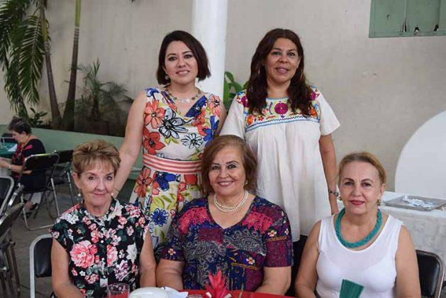 Patricia Nájera, Pili de Vázquez, Ilia Cota, Alejandra Bodegas, Aremi Espinoza.