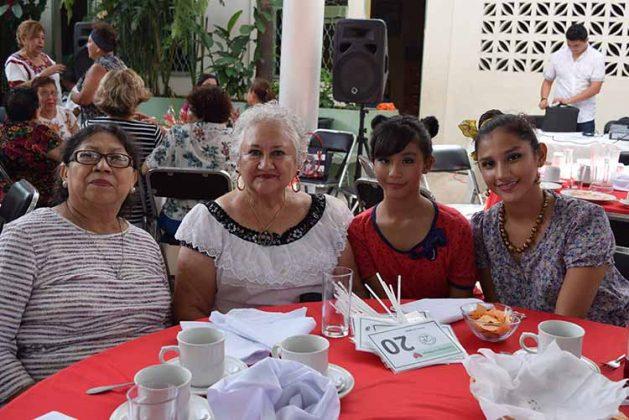 Guadalupe Solís, Irené Rojo, Valeria, Katya Rubío.